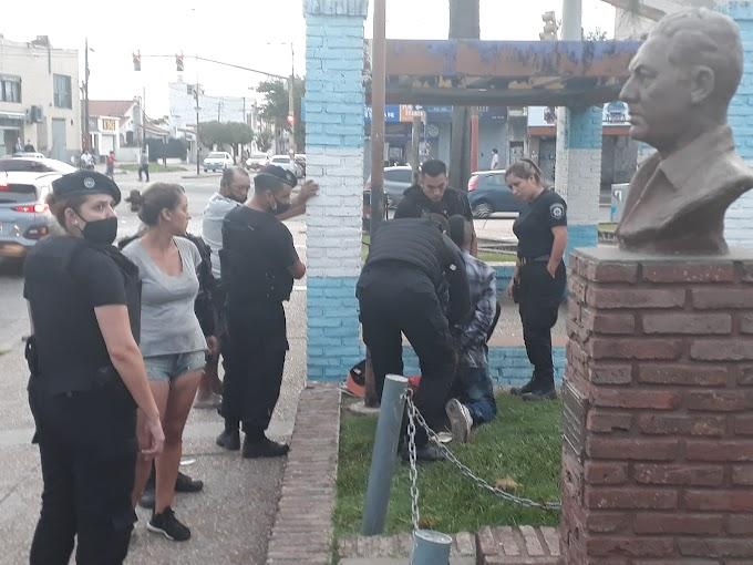 Escruche a una vivienda e intento a otra,  frente a la Plaza a la Madre, hubo detenciones
