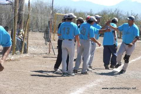 Juan José Sánchez de Cerveceros en el softbol del Club Sertoma