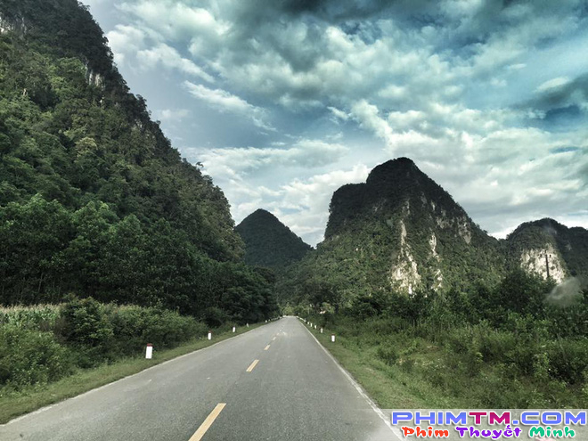 Lôi Báo còn chưa chiếu, Victor Vũ đã ra Quảng Bình quay phim mới với Jun Vũ và Đinh Ngọc Diệp - Ảnh 4.
