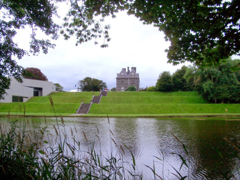 Castlebar gallery co mayo in the west of ireland mayo for Country house com