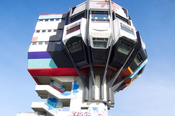 Bierpinsel, o prédio bizarro de Berlim