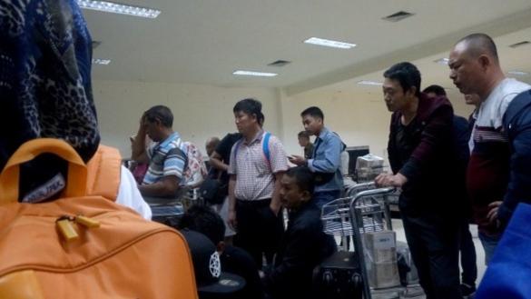 Beda dengan Kemenaker, Luhut Bela 49 TKA China di Kendari