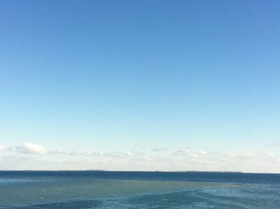 水平線上の歯舞群島