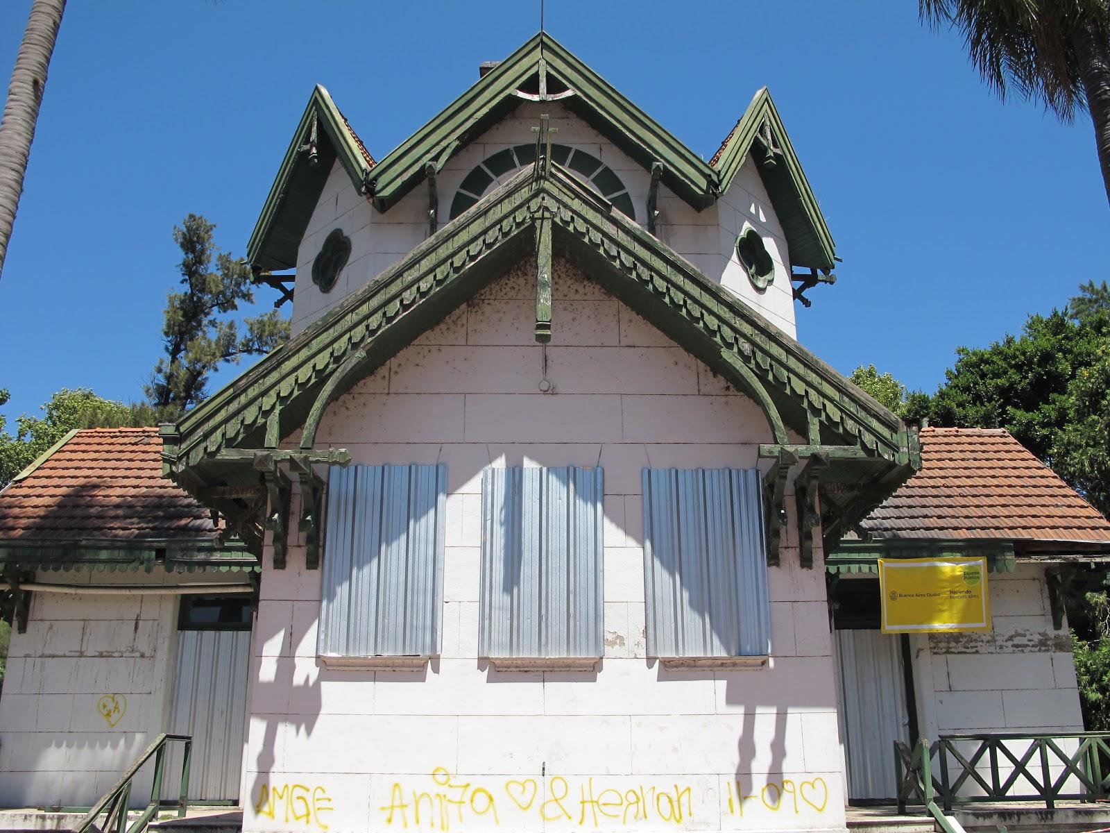 Edificios y monumentos de buenos aires casa joven de palermo for Casa jardin buenos aires