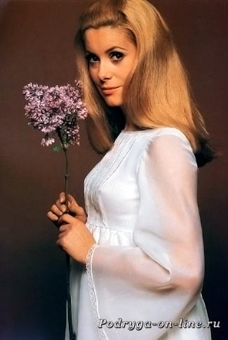 Катрин Денёв/ 12 самых красивых и сексуальных актрис 20 века.