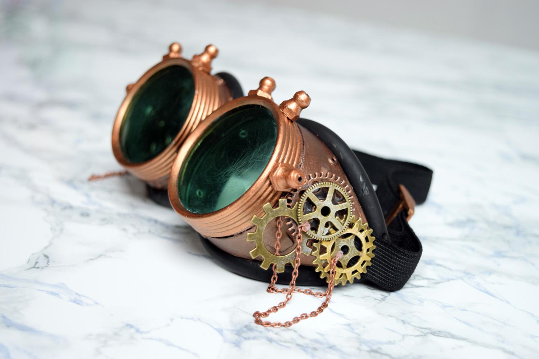 perfect maintenant il ne vous reste plus quu parader avec vos lunettes with horloge rouage. Black Bedroom Furniture Sets. Home Design Ideas