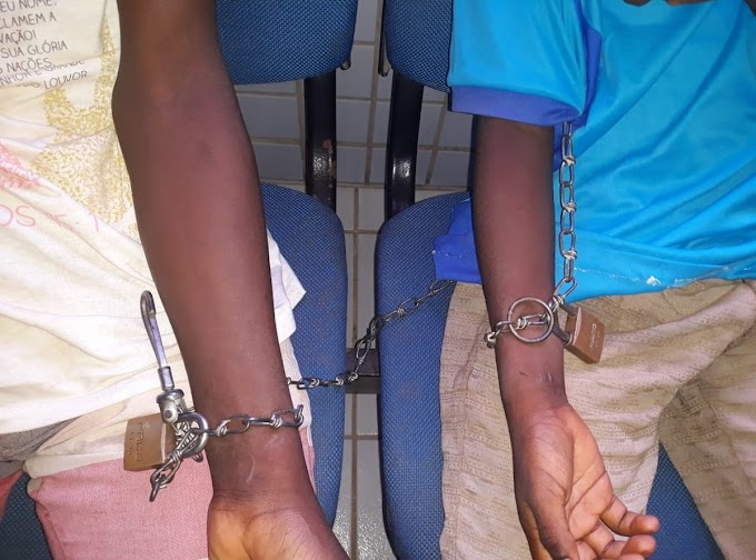 Homem é preso por acorrentar sobrinhos em........