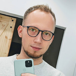Who is Paweł Mołodecki?
