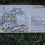 Maison de Fer : panneau d'information installée à l'entrée du site