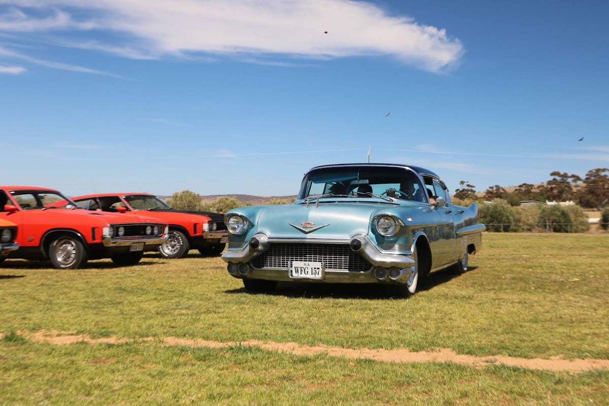 Cadillac (04).jpg