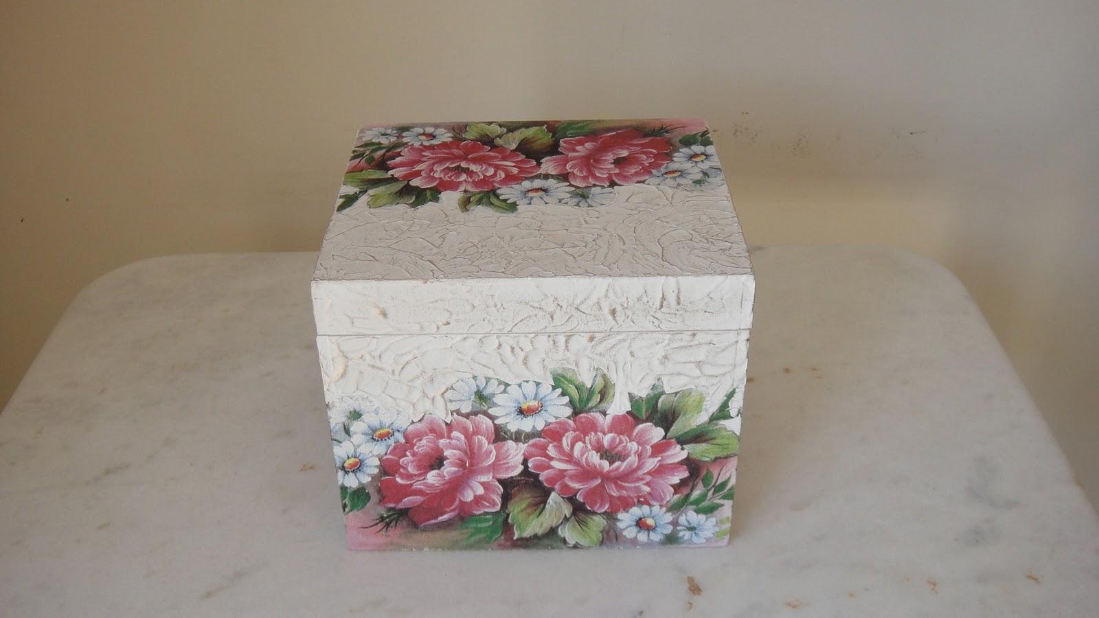 Caixas para guardar álbuns de fotos Pintura em madeira decoupagem #854651 1600x900