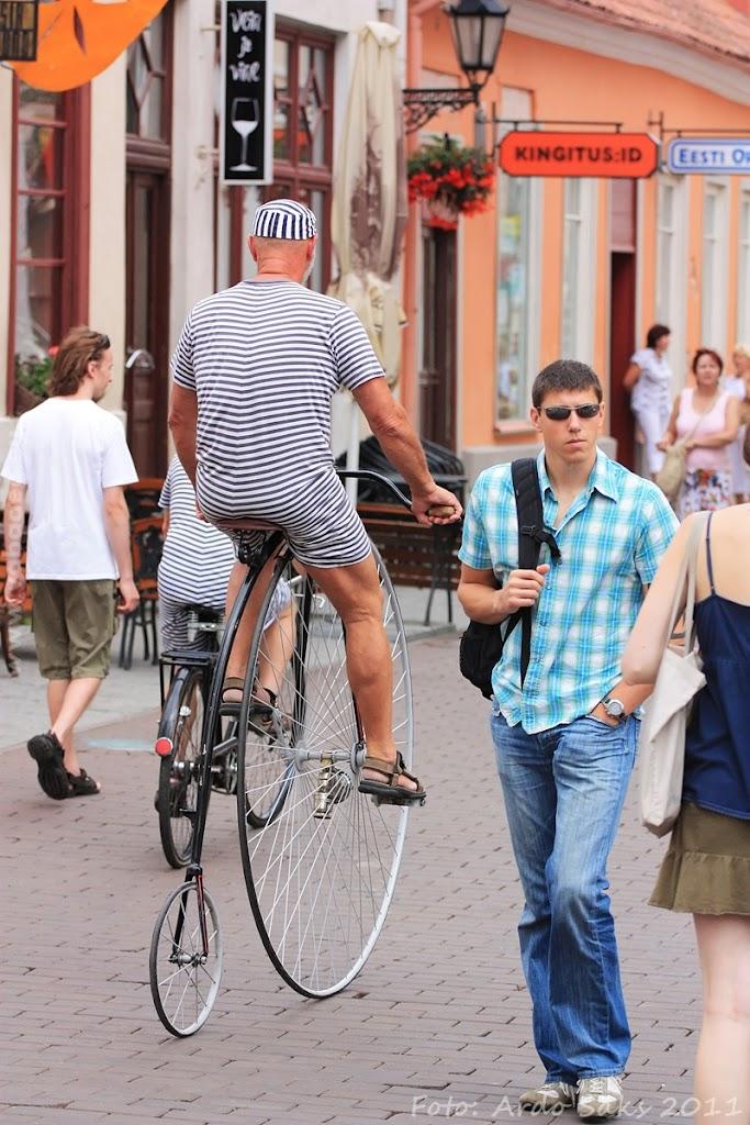 24.07.11 Tartu Hansalaat ja EUROPEADE 2011 rongkäik - AS24JUL11HL-EUROPEADE043S.jpg
