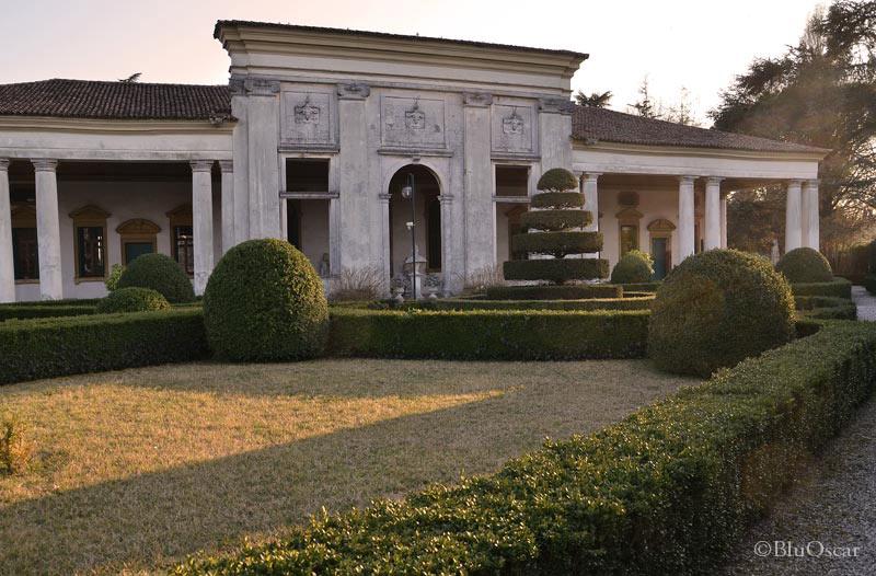 Villa Barchessa Valmarana 16