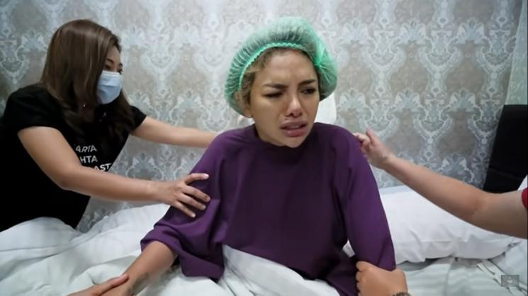 Nikita Mirzani Teler Gegara Obat Bius Operasi, Kelakuannya Tak Terkontrol!