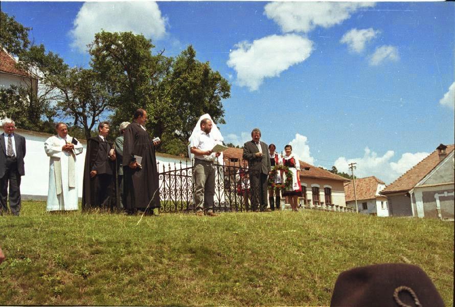 Székelyzsombor 2004 - img01.jpg