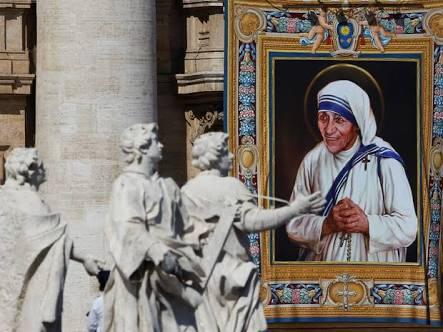 Madre Teresade Calcutá é canonizada pelo PapaFrancisco
