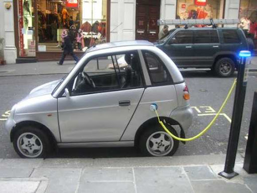 Oil Industry Sees No Threat From Electric Car Image