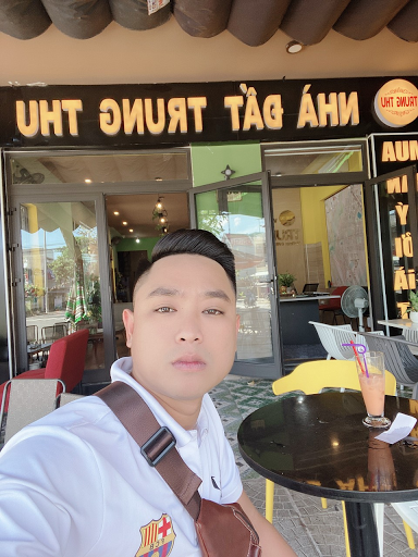 """DOANH NHÂN TRẺ THÀNH CÔNG TRONG LĨNH VỰC """" BẤT ĐỘNG SẢN """""""