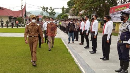 Bupati Safaruddin Dt. Bandaro Rajo Pimpin Apel Gelar Pasukan Operasi Ketupat Singgalang 2021 Polres Limapuluh Kota