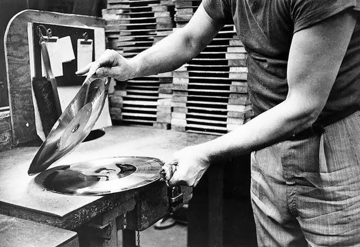 Fabricación de un disco de vinilo