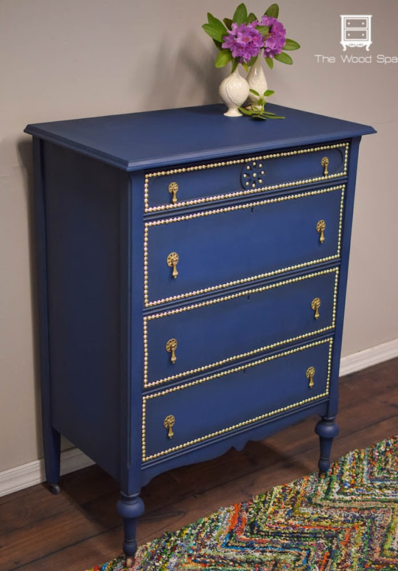 DIY-NAIL-HEAD-TRIM-DRESSER-1-1