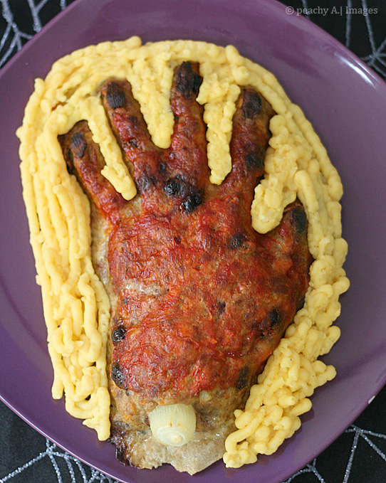 Creepy Meatloaf Hand for Halloween Dinner | www.thepeachkitchen.com