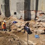 2011.06.3.-Prace archeologów.JPG