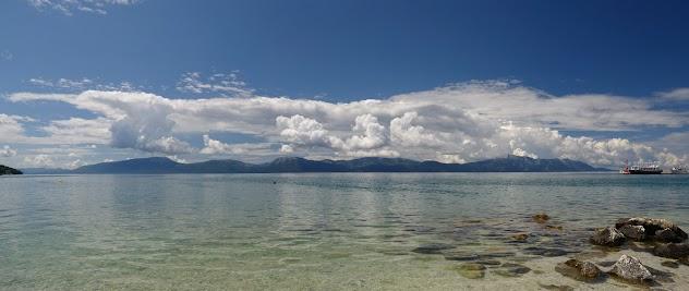 Blick von Gradac auf die Insel Hvar