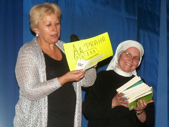 17.11.2013 Divadelní ztvárnění života SV. FRANTIŠKA Z ASSISI - PICT0125.JPG