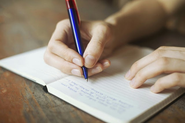 Tulisan Bagus dan Tulisan Buruk