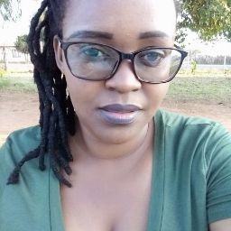 user Thabang caroline Mphake apkdeer profile image