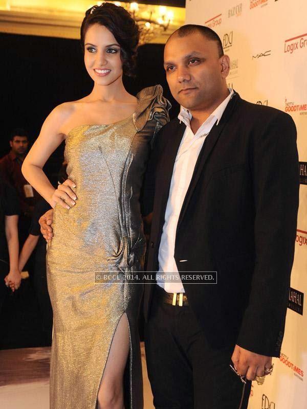 fbb Femina Miss India Koyal Rana with fashion designer Gaurav Gupta during his show, held in Delhi.<br />