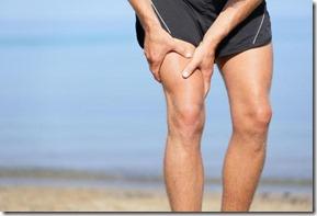 As câimbras são contrações involuntárias dos músculos. Foto. Internet