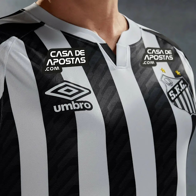 kostum kandang Santos FC musim 2020/2021