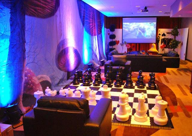 Corporate Events - 1512689_10153736332880145_1204123433_n.jpg