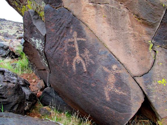 Santa Clara River petroglyphs