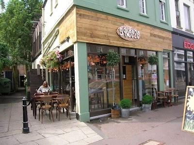 The Squeeze Café