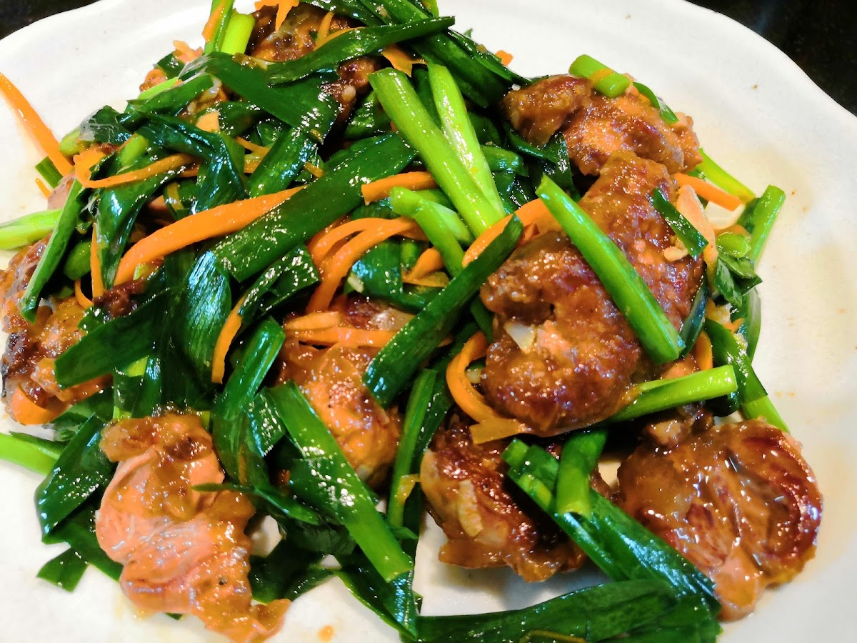 簡単【1食115円】鶏レバニラ炒めwithハツの作り方 , 50kg