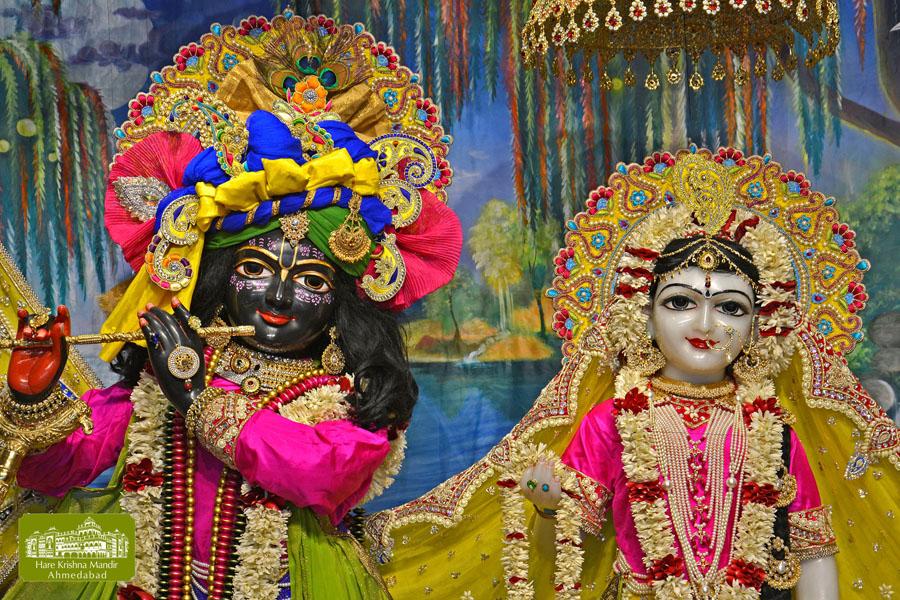 ISKCON Hare Krishna mandir Ahmedabad  07 Jan 2017 (2)