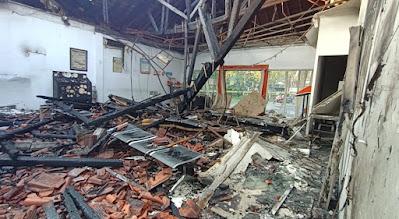 Kantor Pos di Cikarang Ludes Terbakar