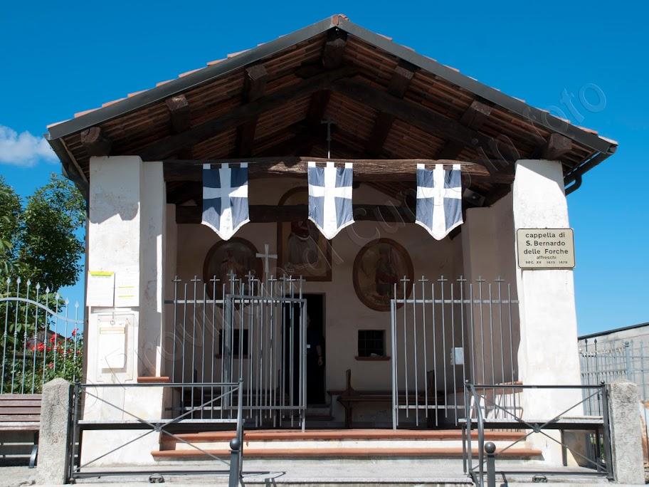 fotografie Cappella di San Bernardo delle Forche a Mondovì