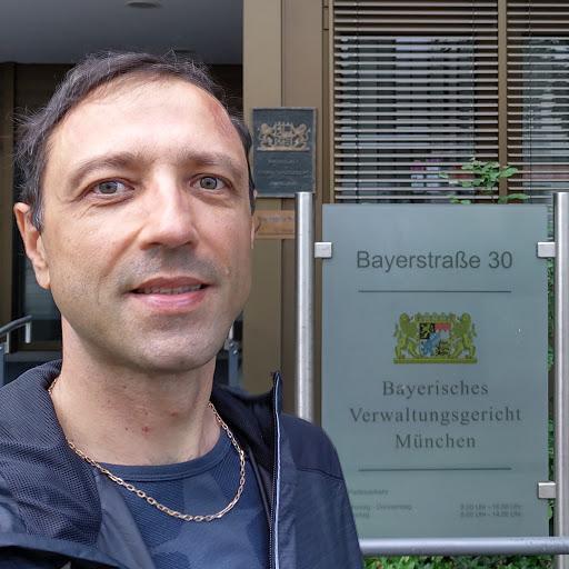 Олег Мишнёв