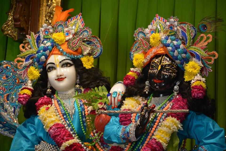 ISKCON Ujjain Deity Darshan 08 Jan 2016 (11)