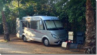 sevilha-camping-villsom-area-estacionamento-2