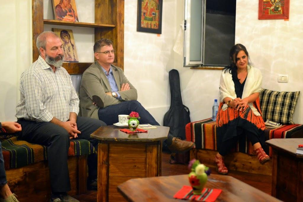 Seara literara - Editura Eikon lanseaza patru carti, La Vulturi (2014.09.03) 123