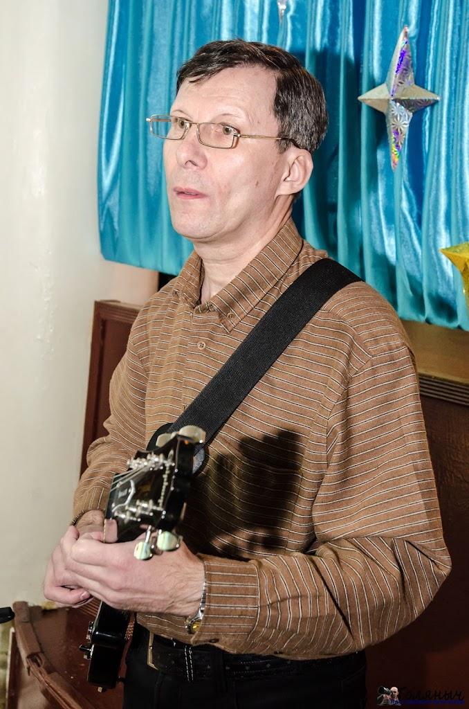 Еще раз Андрей Иванов. Кстати, когда просили назвать известных исполнителей 80-х, я кричал его имя, а еще Игоря Космакова :))