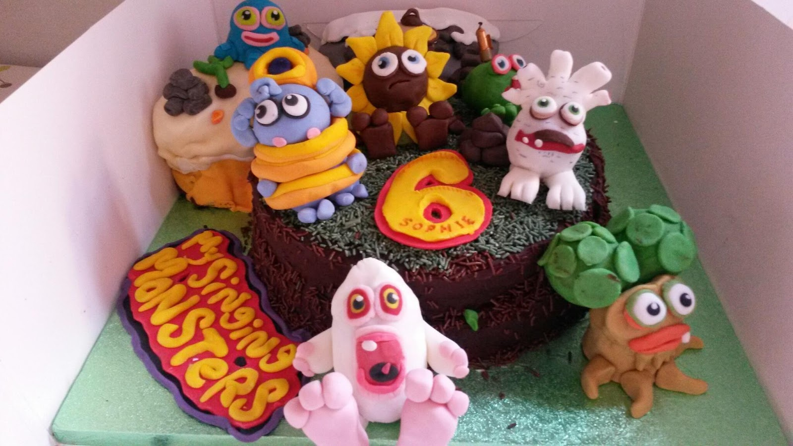 Peachy Fricingonthecake Blog Sophies My Singing Monsters 6Th Birthday Cake Personalised Birthday Cards Paralily Jamesorg