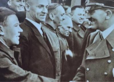Adolf Hitler valokuva