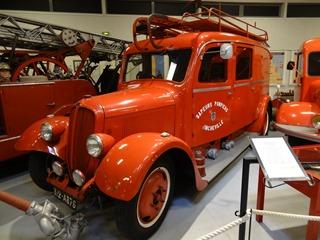 2016.04.29-039 autopompe légère Delahaye 1947