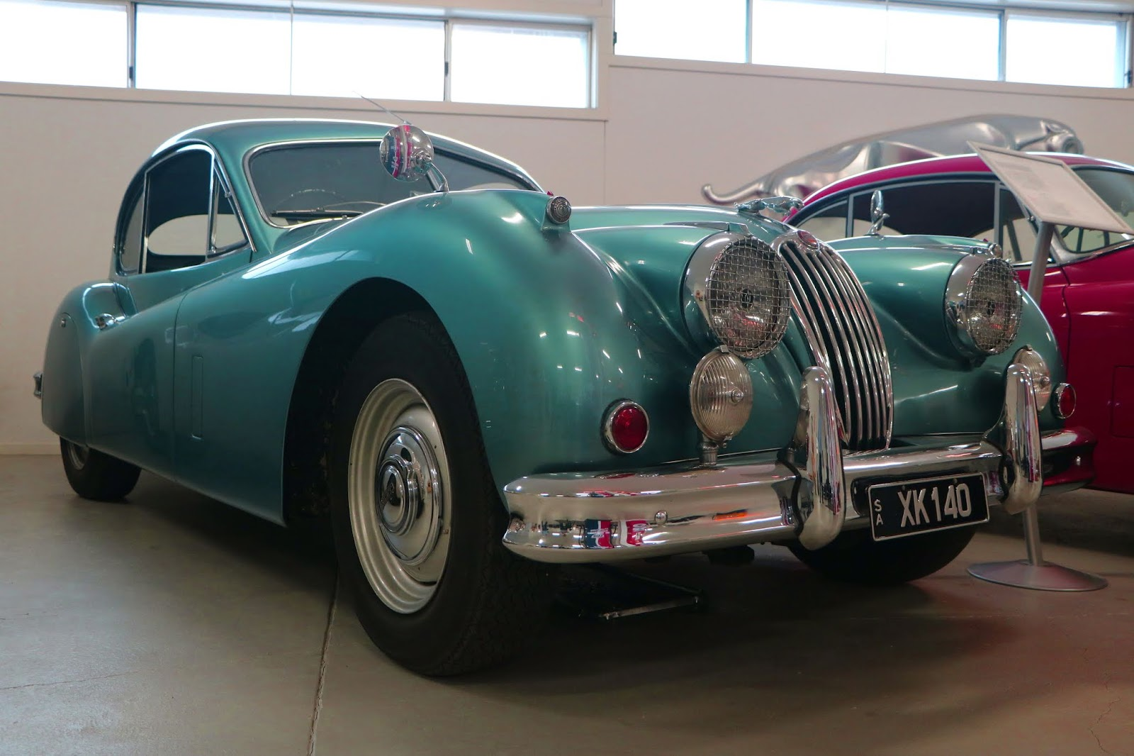 Carl_Lindner_Collection - 1953 Jaguar XK140 Coupe 08.JPG